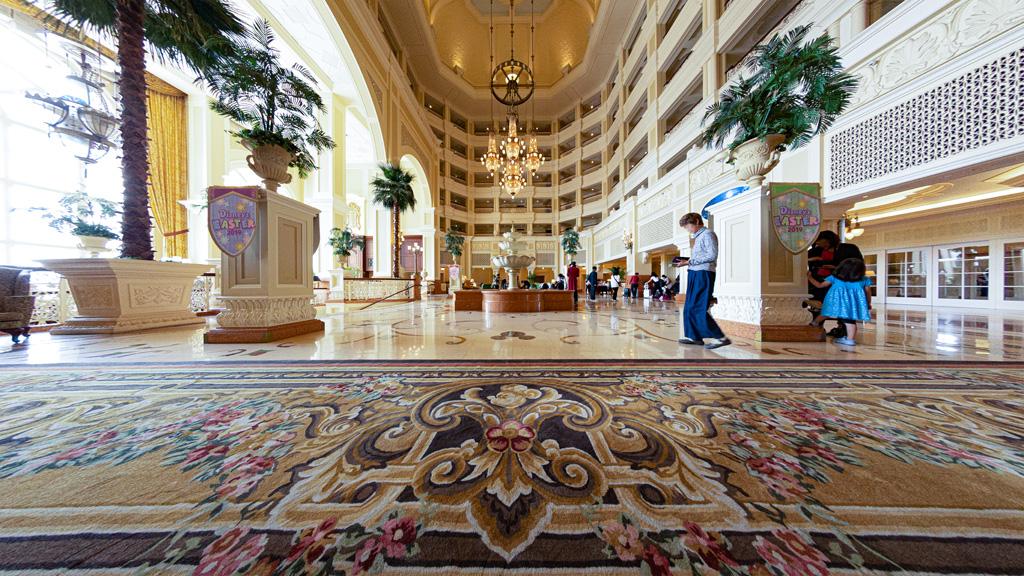 ロビーのカーペット(東京ディズニーランドホテル)
