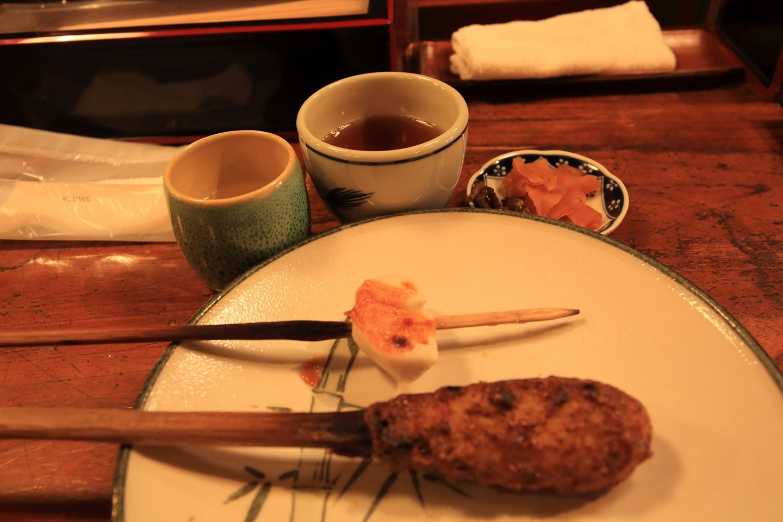 ブログ 里芋2個食べた後に甚五郎焼き.jpg