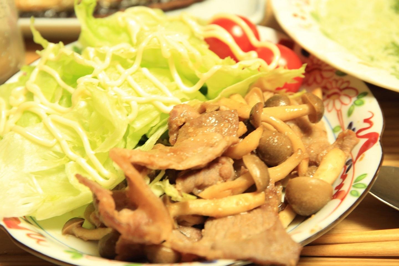 ブログ ニンニク風味の豚肉ソテー.jpg