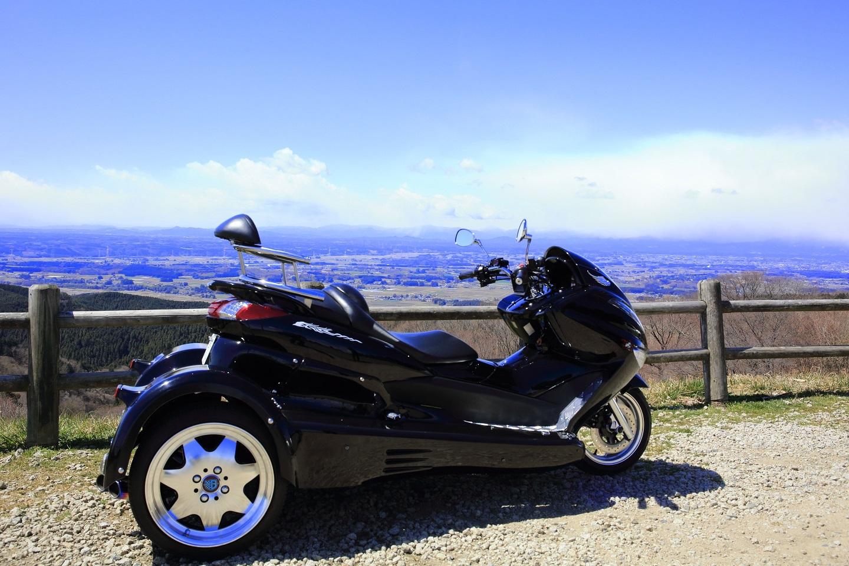 ブログ 御亭山のバイク 2.jpg