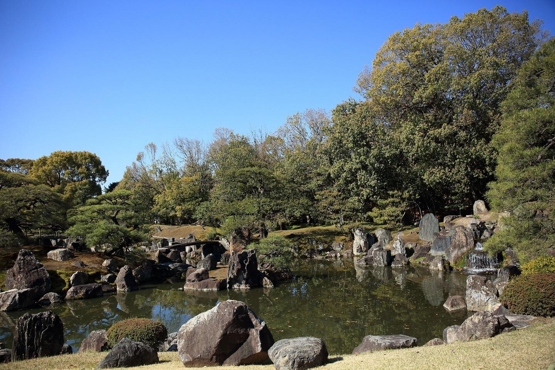 ブログ 二の丸庭園 1.jpg