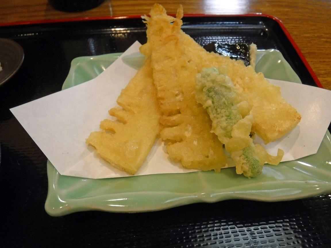 ブログ 旬の筍の天ぷら.jpg