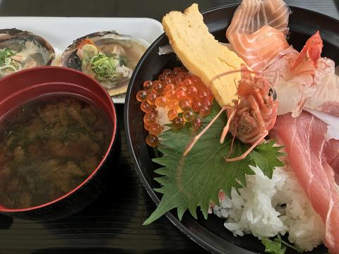 1621-海鮮とまりん丼