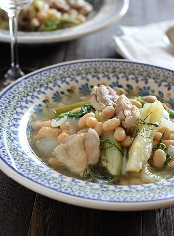 フェンネルと豆と鶏肉のスープ煮1
