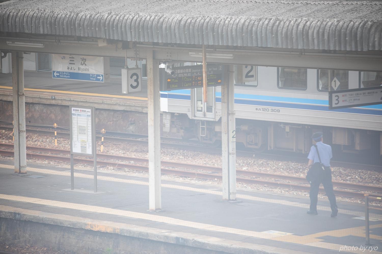 三次駅の朝_6