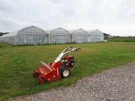 【写真】農園の北側広場の草を刈り終わったハンマーモア