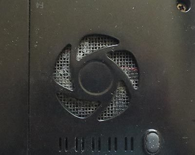ノートパソコン吸気ファンフィルター掃除