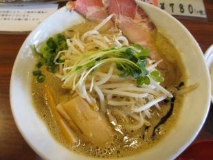 赤シャモジ新潟東 ランチライスセット味噌 濃熟味噌ラーメン