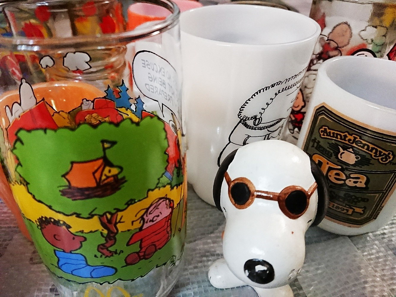 キャンプスヌーピーグラスや陶器のスヌーピー置物