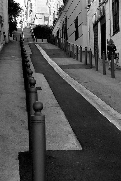 マルセイユ 坂道ロベール通り