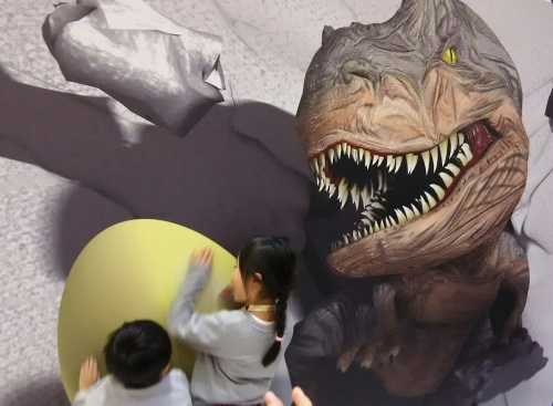 恐竜ショーinアリオ