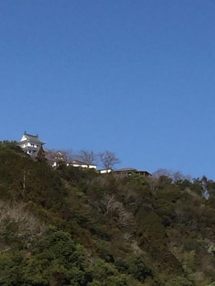 晴天の八幡城