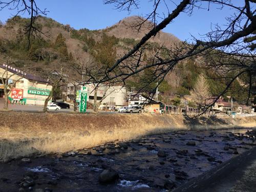 20190317滝上市営駐車場の桜 (2)
