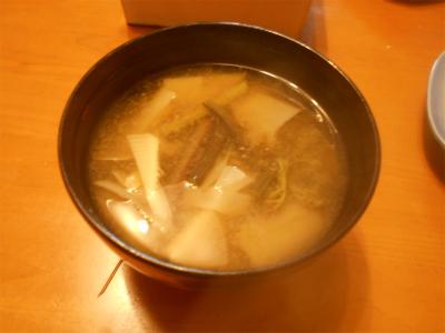 310426筍とわらびの味噌汁