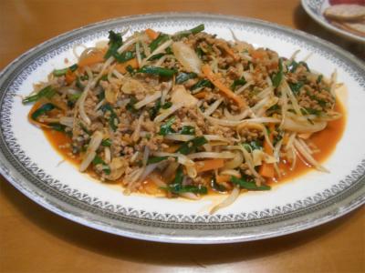 010615モヤシ、ニラ、ミンチのコチジャン炒め