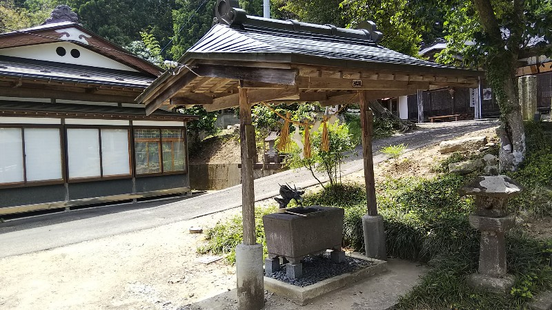 櫻田山神社手水舎201906
