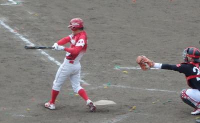 P33105256回裏中尾塗装ドリームス2死二塁から1番が左翼線二塁打を放ち1点追加