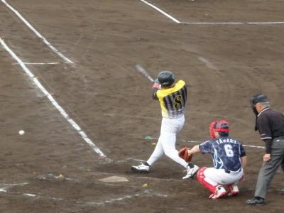 P5151931Big連3回表1死一、二塁から5番徳永が右前打を放ち一、二塁とする