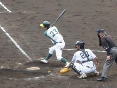 P52929631番和泉は左前打で一、二塁