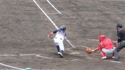P6063424県庁紳士3回表無死一塁から2番が送りバントするも失敗