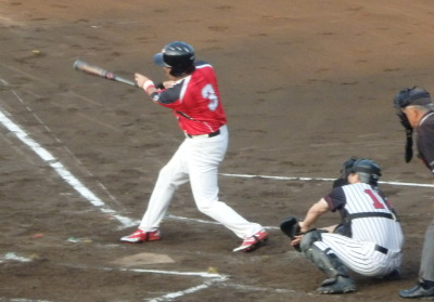P6204327 Nexus1回裏2死一、二塁から5番が右中間三塁打を放ち2点かえす