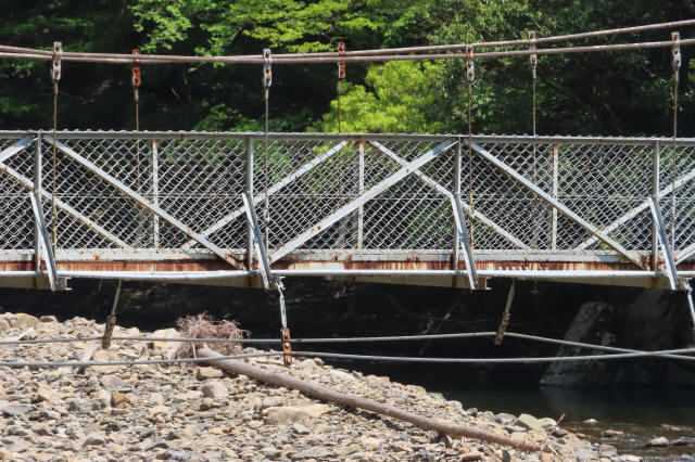 板取取水ダムの吊橋0