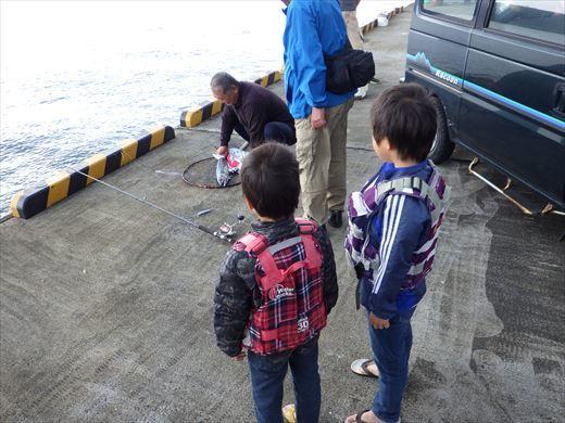 神津島港釣り1 (14)