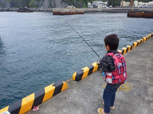神津島港釣り1 (18)