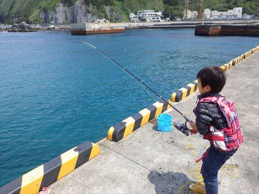 神津島港釣り1 (21)