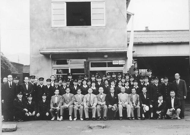 2019-6-20国鉄バスの閉所式に出席する十河総裁