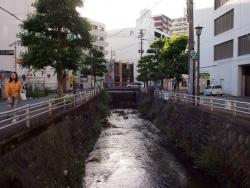 190607_03有楽橋遠景