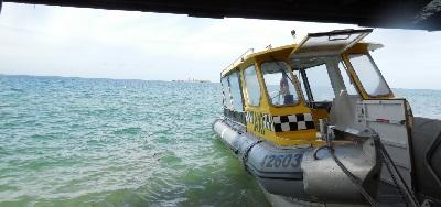 ニューカレ水上タクシー