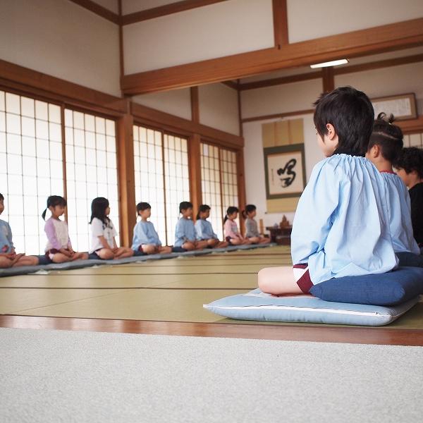 600年長組坐禅体験1904241