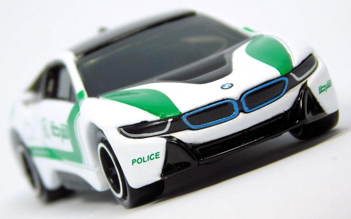 【レビュー】AEON限定トミカ No.43 BMW i8 ドバイ警察仕様