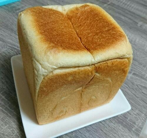 一本堂の低糖質食パン!糖質制限中でも高級食パンブームにのっかれ!!