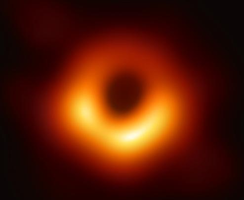 修 ブラックホールの映像