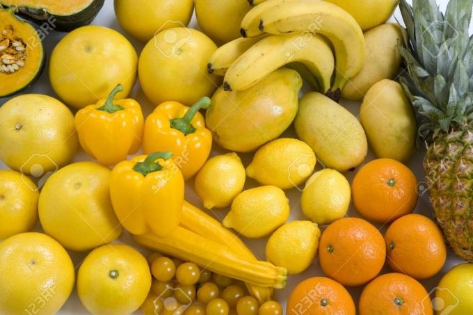 49418906-黄色の野菜や果物