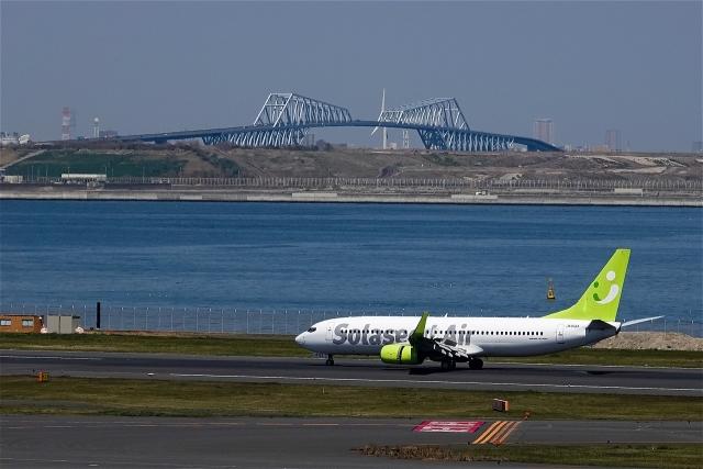ソラシド エア 737