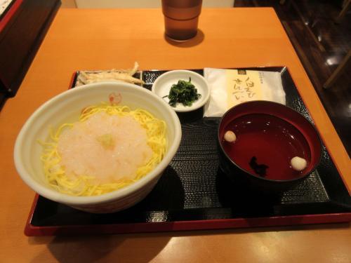 白えび刺身丼