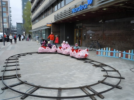 Vappu豚電車