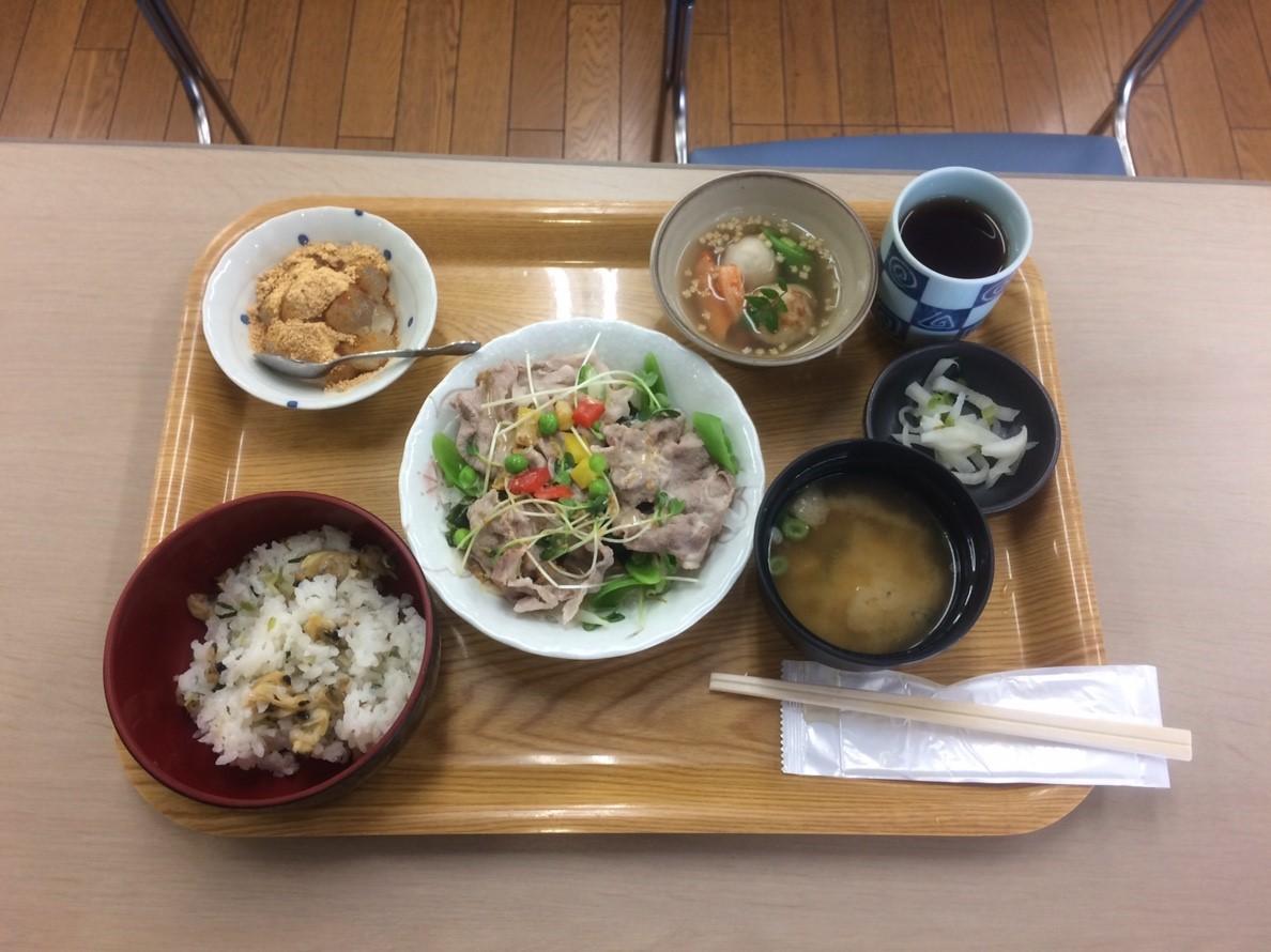 R1516食事サービス (2)