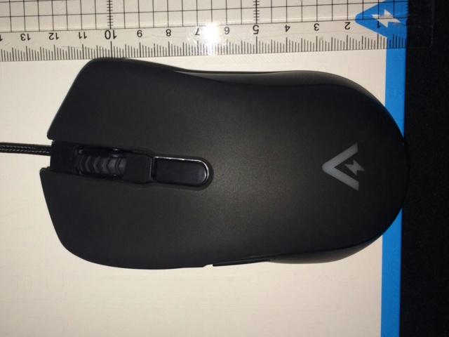 Anker_Gaming_Mouse_12.jpg