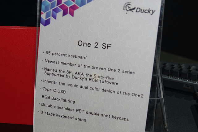 Ducky_One_2_SF_02.jpg