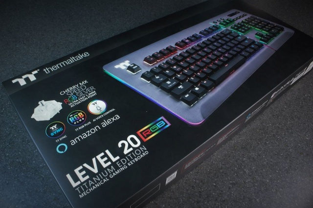 Level_20_RGB_Gaming_Keyboard_08.jpg