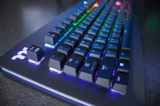 Level_20_RGB_Gaming_Keyboard_10.jpg