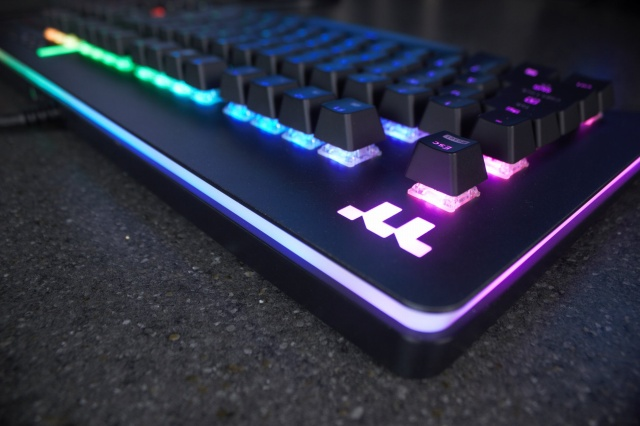 Level_20_RGB_Gaming_Keyboard_11.jpg