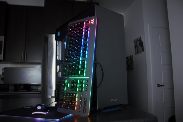Level_20_RGB_Gaming_Keyboard_12.jpg