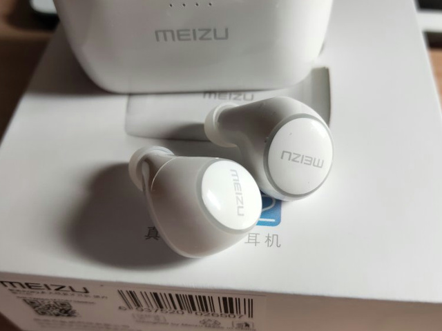 MEIZU_POP2_03.jpg