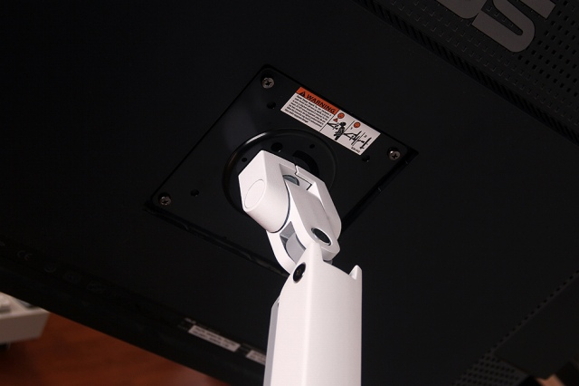 MXV_Desk_Monitor_Arm_07.jpg