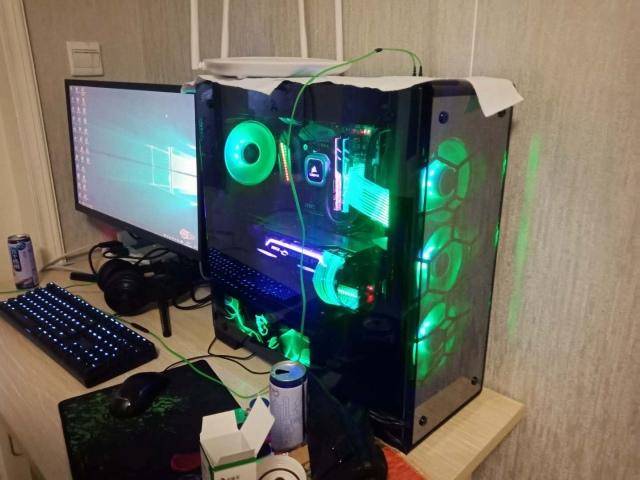 PC_Case_08_09.jpg